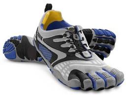 Wholesale Zapatillas de deporte de los hombres de las mujeres cinco ZAPATOS respirables de la ESCALADA de la RANGO del DIVERTE de los dedos Tamaño Eur