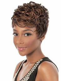Moda barata elegante corte de pelo peinado sintético corto rizado negro pelucas para las mujeres afroamericanas negro pelucas de pelo desde cortes de pelo rizado corto para las mujeres proveedores
