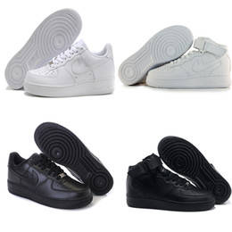 Altos tops hombres 45 en Línea-2017 los NUEVOS hombres de calidad superior forman el envío libre unisex uno de los zapatos ocasionales blancos superiores altos del aire 1 euro libre 40-45