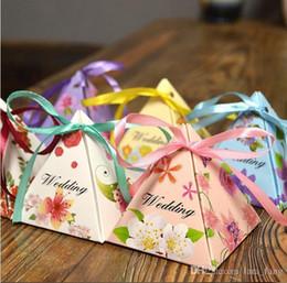 Acheter en ligne Mariage met en vente-2016 Vente 50pcs / set Nouveau papier européen et joyeux mariage Triangle Boxgift Holiday Birthday Gift Box Emballage Carton Famille Décoration