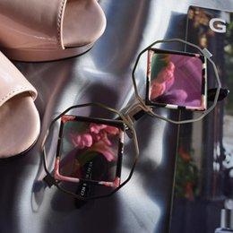 Descuento gafas de diseño fresco Beyond Star Moda Cool Square Único Gafas de sol Summer style Gafas de sol Mujer tendencias elegantes Marca Diseñador Vintage gafas Oculos De Sol