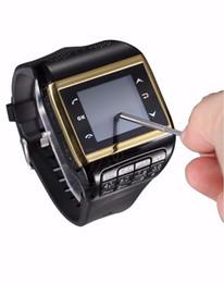 Nouveaux écrans de téléphone à vendre-Nouveau Q8 Dual SIM GSM téléphone mobile carte SIM watch smart watch 2 mégapixels appareil photo Bluetooth Touch Screen Watch Téléphone
