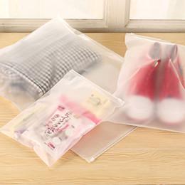 Promotion sac de rangement clair Sac de voyage cosmétiques de voyage en plastique mate sacs de voyage clair vêtements sous-vêtements maquillage sac d'emballage 500pcs / lot