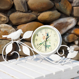 Wholesale Vintage Iron Art Bird Clock Home Decoration Rural Style Table silent Clock