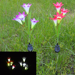 Wholesale Noverlty Solar Power Lawn Lamp Lily Flower LED Light Garden Balcony LED flower lamp Battery Included