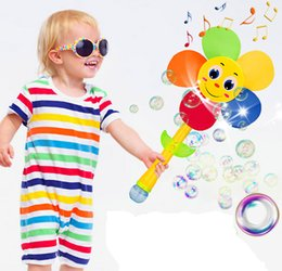 Wholesale Toys water bubble gun automatic bubble wand baby safety child concentrate windmill electric toys educational