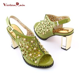 Wholesale WesternRain New Fashion Ladies Green Color African Shoes For Party In Women Pumps Style More Beading Shoes GR