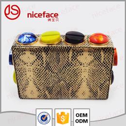 Dame ville à vendre-Dongguang Ville Jiashun Parts,. Ltd Customized cuir embrayage Lady sac de soirée sac d'embrayage Meilleur prix Mode élégant paquet de vacances