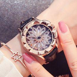 2017 new multi-color explosion section elegant and elegant ladies watch fashion trend quartz watch belt fashion table
