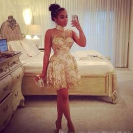 Племенные печатные издания Онлайн-Африканский печати племенных моды коктейль платья 2016 Высокий шея See-Through Золотые блестки Кружева Мини Короткие линии Sexy Little платье