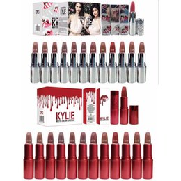 Wholesale HOT New Makeup beautiful colors Kylie Red silver Mini Mattes Liquid Lipsticks g English name DHL