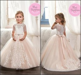 Beautiful Flower Girl Dresses for Wedding 2017 Short Sleeve Jewel Neck with Lace Appliques A Line with Beads Belt Girls Pageant Gowns BA6211