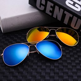 Wholesale 2017 Luxury Brand designer men Sunglasses Ray famous Style cycling eyewear Bans Vintage aviators sun glasses For women wayfarer