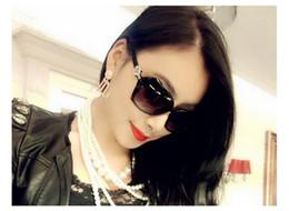 Hot Sales Wholesale-Wholesale Women Ladies Fashion Sunglasses Summer Black Oversized PC UV Sun glasses Free Shipping