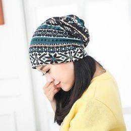 2016 Nation style printemps et automne vintage ethnique broderie femmes tricotés chapeau de mode chapeau livraison gratuite à partir de bonnet cru fournisseurs