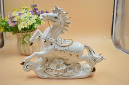 Wholesale Factory direct horses high end ceramic home furnishings feng shui living room study creative Decoration