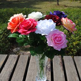The rose high roses wedding decoration flower set placed in the living room table European garden decorative flower