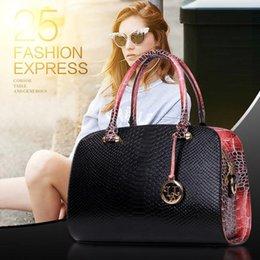 Wholesale new European and American serpentine fashion handbags shoulder bag authentic Boston lady messenger bags
