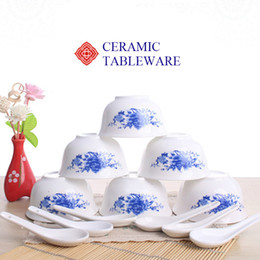 Wholesale 6 inch Pieces Ceramics Dinnerware Set Chinese Blue and White Bowls and Spoon Bong China Porcelain in glaze Decoration Gift
