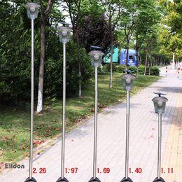 Светодиодные уличные фонари для улицы 300LM 226cm IP65 ABS + нержавеющая сталь с солнечной панелью Светодиоды с прямым управлением от Shenzhen China Eildon от Производители панели солнечных дорог
