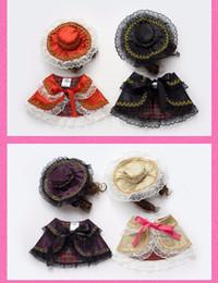 Головные уборы для собак Онлайн-Модные женские плащи Принцесса Серия Пунктирная печать Одежда для питомцев Элегантные костюмы для щенков с кружевной шляпой и волнистыми удлинёнными длинными париками