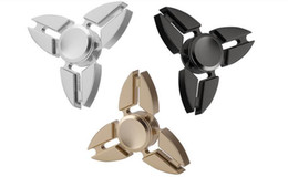Fidget Spinner Metal Triangle Fingertips Gyroscope Finger Spinner Decompression & Relief & Brass Puzzle & Focus Hand Spinner Toy