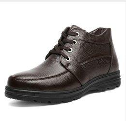 Descuento altos tops hombres 45 Venta al por mayor de gran tamaño 2016 nuevos hombres botas de invierno hombres botas de nieve calientes botas de cuero genuino de alta calidad Botas 45 46 47 48 49
