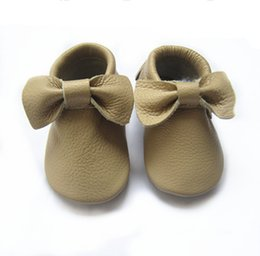 Free shipping 100% genuine cow leather baby moccasins wholesale baby moccasins soft sole baby infant toddler leather shoes
