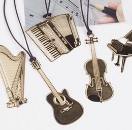 Wholesale Cute Gold Metal Bookmark Fashion Musial Piano Guitar Bookmark for Book Creative Gift Korean Stationery