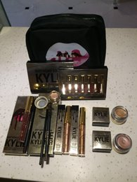 Wholesale Kylie Makeup Gift Box Bag Birthday Collection Cosmetics Birthday Bundle Bronze Kyliner Copper Creme Shadow Lip Gloss Kylie Jenner Brow Brush