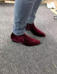 Descuento botas altas de tacón hombres señalaron dedos de los pies 2017 nuevos cargadores del terciopelo de los hombres cargadores rojos de vino de la alta calidad punto masculino punta del dedo del pie zapatos bajos del partido de los botas de la mujer del talón hombres del bota