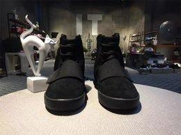 Acheter en ligne Lumières bottes-750 Boost Light Grey Glow In The Dark Kanye West Bottes en cuir Chaussures de sport pour hommes