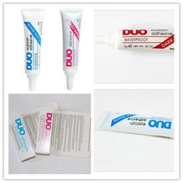 Promotion outils gratuits d'expédition Factory Direct 50pcs DUO Water-proof Adhésifs cils (colle) 9G Blanc / BlacK Make Up Tools Professional Livraison gratuite