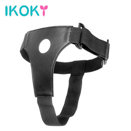 IKOKY Wearable Strap On Dildos Pantalons Strapon Penis Panties Black Leather Sex Toys pour lesbien Gay Adult Game q170718 à partir de fabricateur