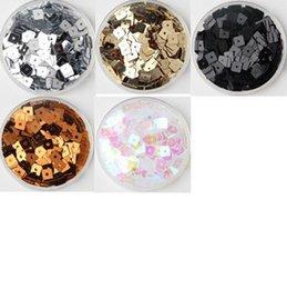 Escama de lentejuelas en Línea-Accesorios de la manera de la ropa / del bolso de la hoja de los paillettes / del PVC de los cequis del cuadrado del color sólido de 1300pcs 5m m se visten Wholse S006