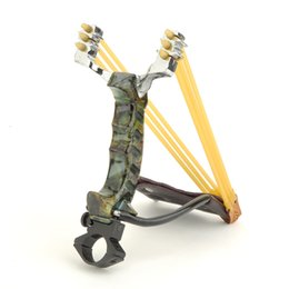 Wholesale New Arrival Adult Rubber Bands Folding Wrist Camouflage Slingshot Catapult For Outdoor Games Powerful Slingshot Hunting Game Competition