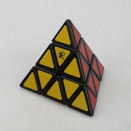 Descuento dayan juguete Venta al por mayor- Dayan pirámide Pyraminx Magic Cube rompecabezas de juguete