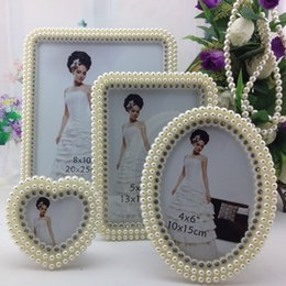 Wholesale Top Sale Beautiful White Photos Frame Wedding Bridal Crystal Pearl Beaded For Wedding Decoration Home Photos Frames Wedding Suppliers