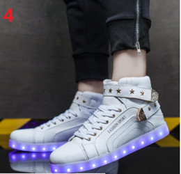 2017 New Men Fashion Luminous Shoes High Top LED Lights USB Charging Colorful Shoes Unisex Lovers Casual Flash Shoes
