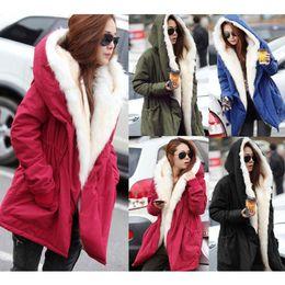 Acheter en ligne Hoodie de la fourrure pour les femmes-Mode Femmes Vêtements de haute qualité de coton pur épaississement de couleur rembourré hiver hiver big collier en fourrure chaude chapeaux Hoodies occasionnels Livraison gratuite