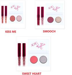 Wholesale EN STOCK Nouveau Kylie Cosmetics Valentines Collection Mini Kit Duo Oeil kyshadow Lip Gloss Set Kiss Me Smooch Sweet Heart Libre DHL