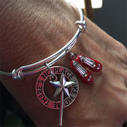 """12pcs The wizard of Oz-bracelet with wand or red shoes and stamped """"There's no place like home""""charms"""