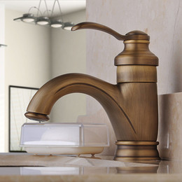 Wholesale Antique Copper Teapot Bathroom Sink Faucet Hot And Cold Heightening Counter Rotatable with Single Handle One Hole for Antique Bronze Faucet