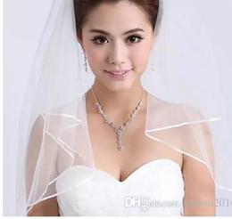 Wholesale Deux couches Tulle Short Bridal Veils Hot Sale Cheap Wedding Bridal Accessory