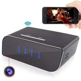 Acheter en ligne Caméscopes mini--1080P WIFI réseau caméra cachée horloge mouvement activé enregistreur vidéo réveil mini DVR caméscope pour Android IOS APP Remote View
