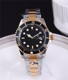 Wholesale automatic date luxury fashion men and women of the steel belt movement quartz clock men watch