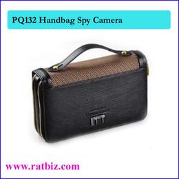 Cámara del bolso de 8GB, cámara del espía del bolso del hombre, mini cámara ocultada Videocámara del registrador de Vedio Mini DV DVR PQ132 cheap hidden bag cameras desde cámaras ocultas bolsa proveedores