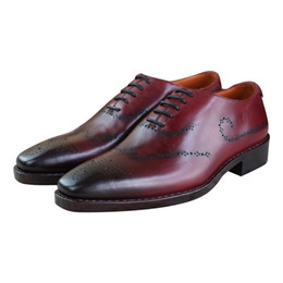 2017 los hombres hechos a mano de los zapatos oxford Zapatillas de hombre de cuero genuino hechas a mano del cuero genuino del becerro Zapatos clásicos / ocasionales de Oxford del vino rojo del color de Oxford los hombres hechos a mano de los zapatos oxford promoción