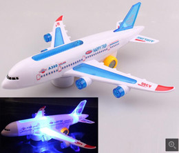 Wholesale Explosion models Electric universal music lights stunning children s airplane model stalls hot toys toys