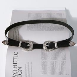 Acheter en ligne Femmes boucles de ceinture gros-[GROSSISTE] Ceintures Designer Pour Femmes Boucles Double Mode En Cuir Authentique Nouvelle Haute Qualité